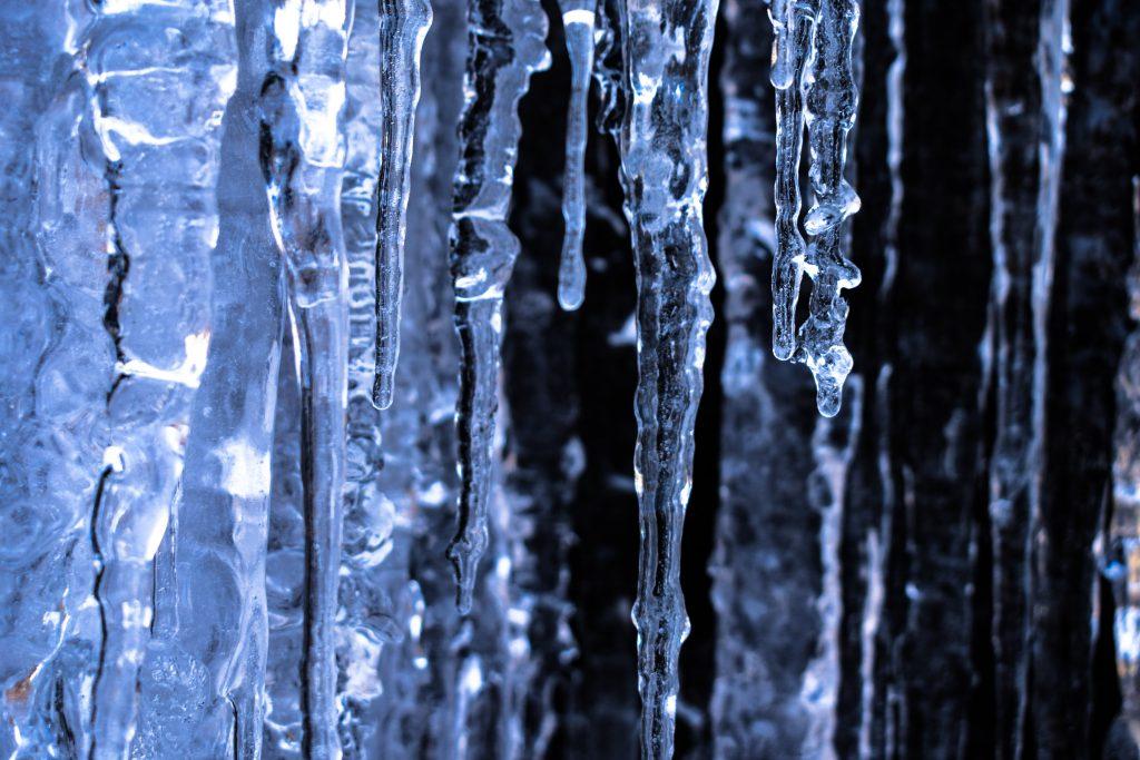 """""""冻""""真格了!最强寒潮已至,家中设备需这样防护!-_上海舒适系统展"""